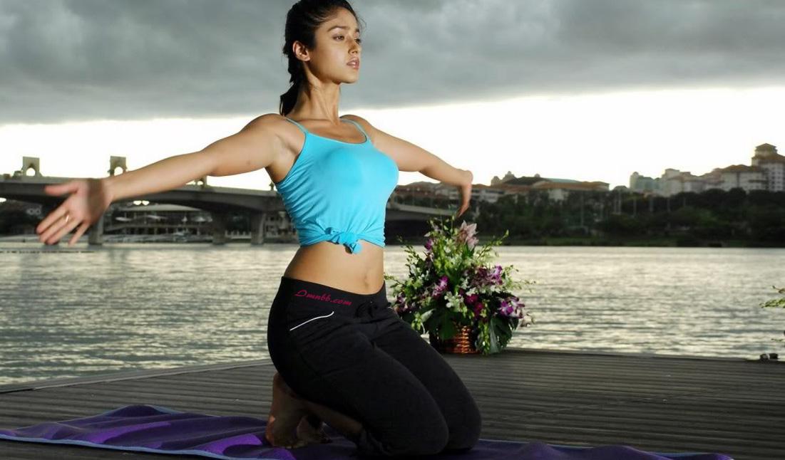 Ileana D'Cruz Yoga