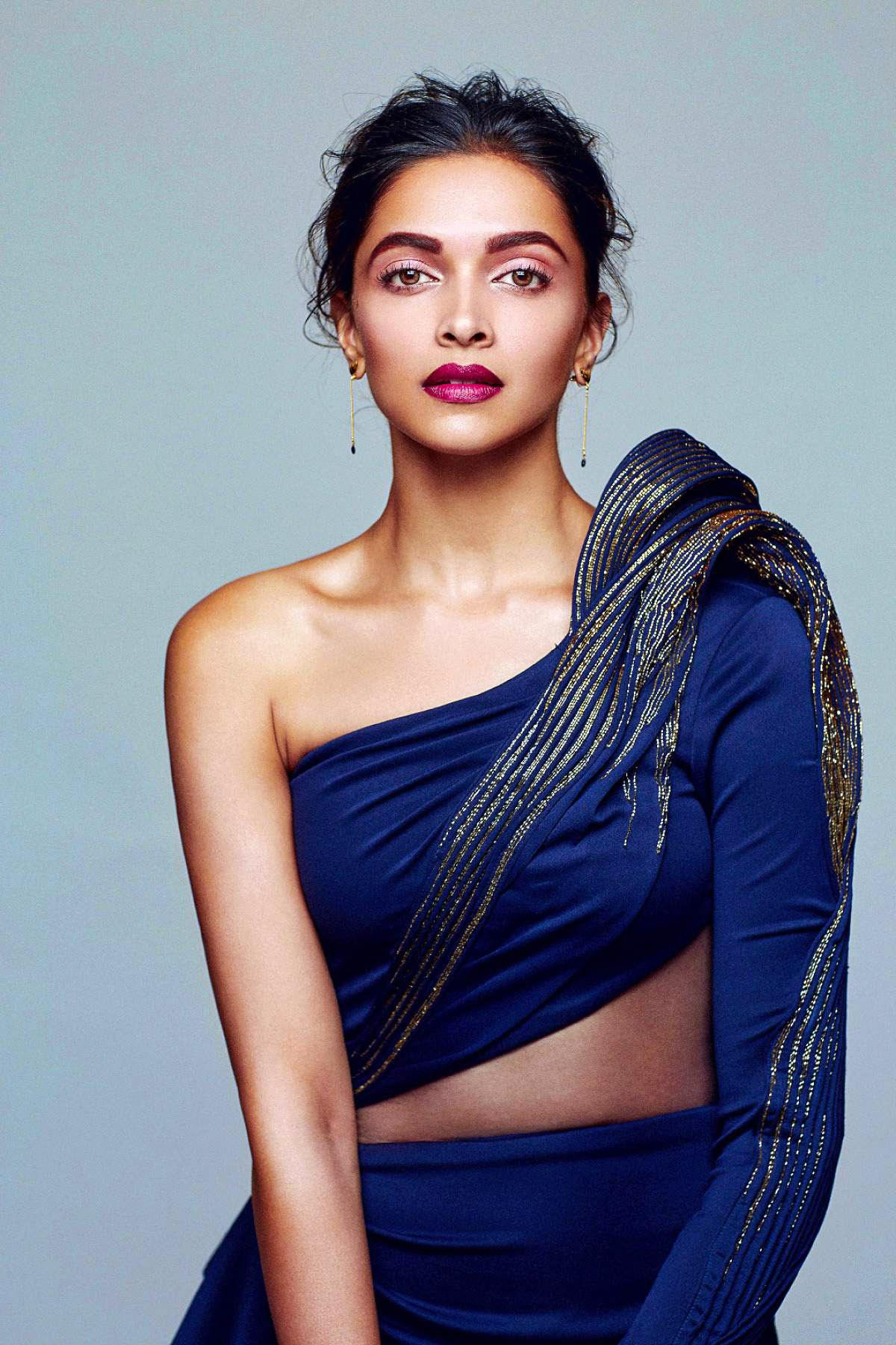 Deepika Padukone Elle Magazine2016 December Photoshoot