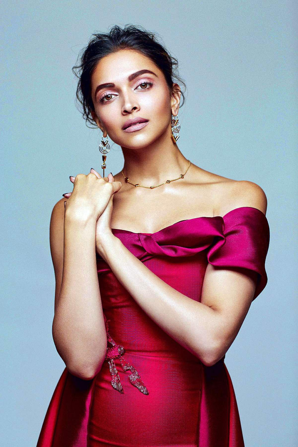 Deepika Padukone Elle 2016 December Photoshoot