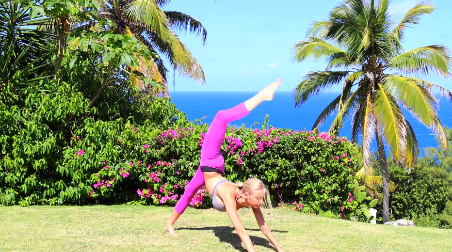 Energizing Yoga Flow - Complete Full Body Yoga