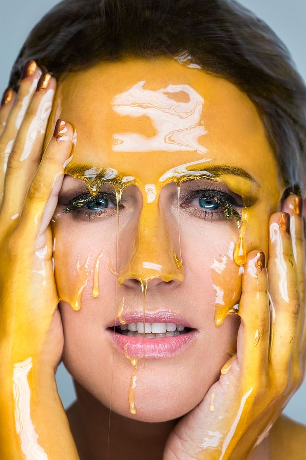 6 Ways To Deal With Clogged Face Skin Pores: Honey For Skin Pores