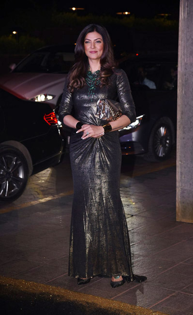 Celebrities Wearing Metallics This Party Season - Sushmita Sen