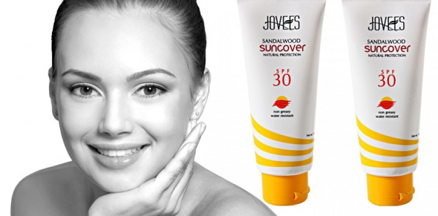 Jovees Sandalwood Suncover Natural Protection with SPF 30: An Assessment