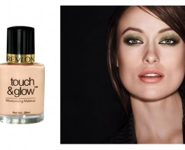Revlon Touch And Glow Natural Mist Foundation Review