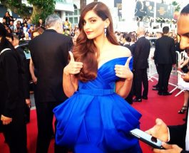 Sonam Kapoor Looks Dazzling In Blue At The Red Carpet